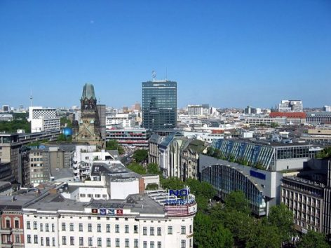 Március végéig meghosszabbíthatják a korlátozások többségét Németországban
