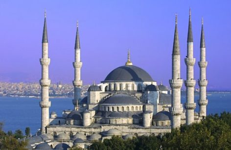 Több mint 30 százalékkal nőttek Törökország turisztikai bevételei az év első felében