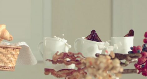 The flying breakfast – Video of the day
