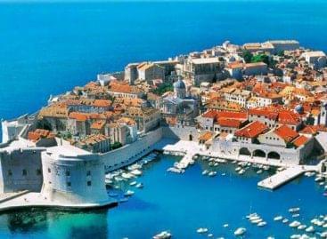 Továbbra is a horvát, a görög és a török nyaralóhelyeket szeretjük