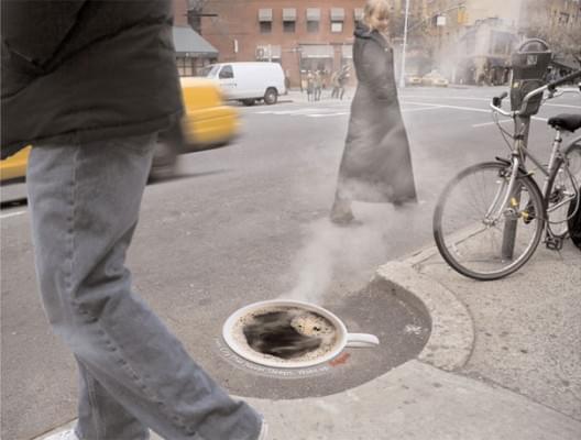 street-ads-folgers-coffee-putdeksel