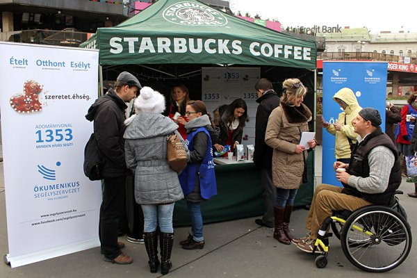 SBUX_STAND