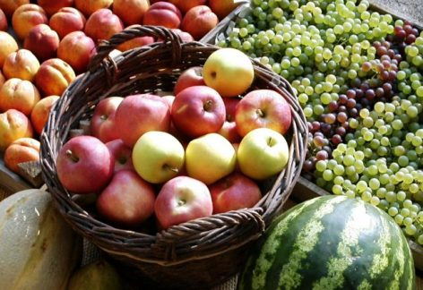 Fruit prices have not jumped despite lower yields