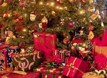 eNET: mintegy 234 milliárd forintot költhettek karácsonyi ajándékokra tavaly az internetezők