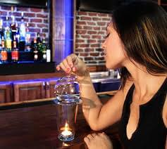 Hogy szivjal el egy bourbont - A nap kepe 2