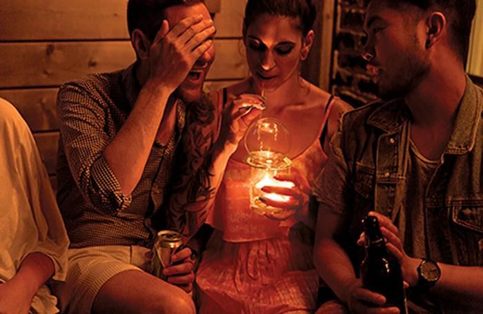 Hogy szivjal el egy bourbont - A nap kepe 3