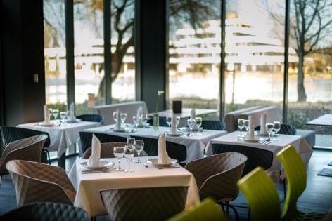 Új négycsillagos szálloda nyílt Székesfehérváron