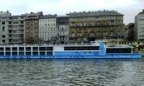 Folyamatosan nő a szállodahajók forgalma
