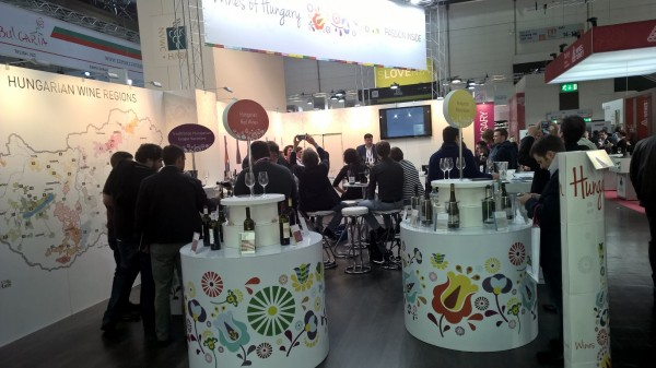 Sajat kostolozonaban a magyar borok a ProWeinen 2