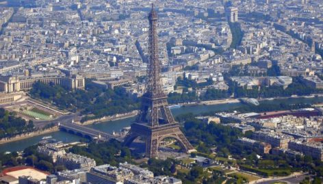 Tourism broke a record last year in Paris