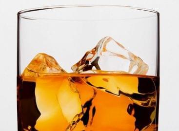 Elárverezik a világ legnagyobb, magánkézben lévő skótwhisky-gyűjteményét