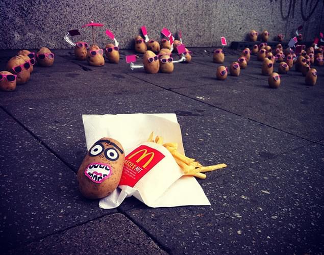 Tuntetes a McDonalds-nel - A nap kepe 9