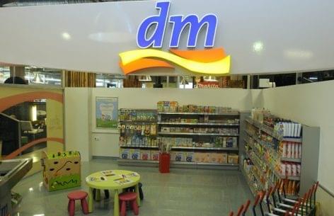 A Nemzeti Fogyasztóvédelmi Hatóság két dm üzletet is külön kiemelt