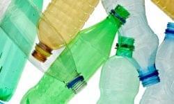 Magyarország jövőre betiltja az egyszer használatos műanyagokat