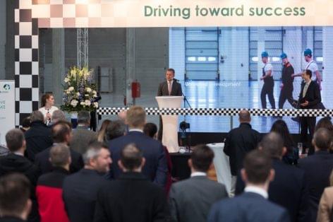 Német autóipari cég számára fejlesztett igényre szabott épületet a Prologis