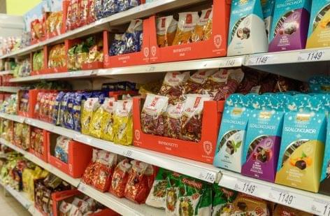 Auchan: a vásárlók fele december elejére hagyja az ünnepi édességek beszerzését