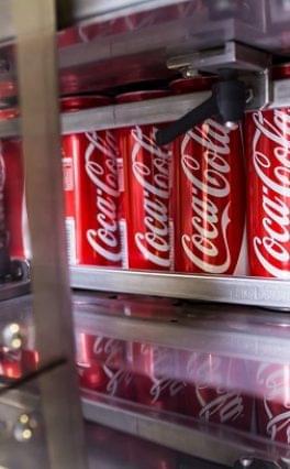 Új globális hulladékkezelési stratégiát hirdetett a Coca-Cola