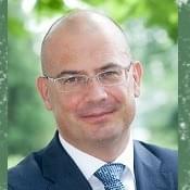 >Sóskuti György