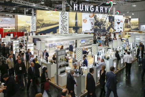 Egyre többen kíváncsiak a Pro Wein kiállításra