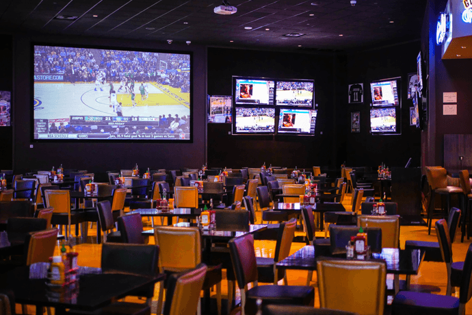 Zone 8 Sports Bar & Grill, San Jose