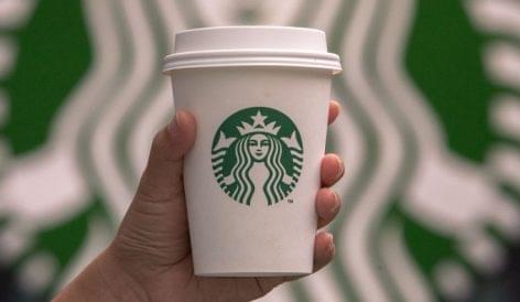 Veteránokkal erősít a kávézólánc