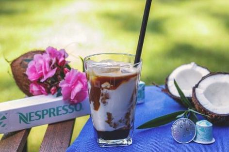 A nyár kedvenc jegeskávéja a Tiramisu Iced Latte