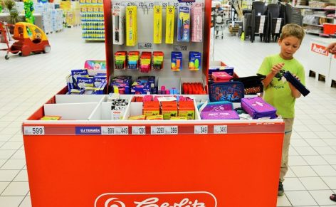 In Auchan, parents choose quality, kids choose popular products