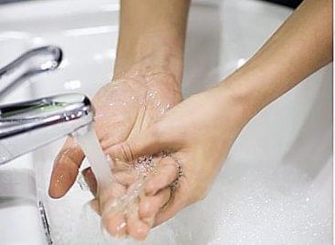 Magazin: Félelem és kézmosás a mosdóban