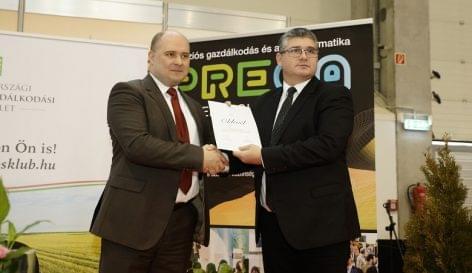 Együttműködési megállapodást kötött az Agrármarketing Centrum és a Magyarországi Precíziós Gazdálkodási Egyesület