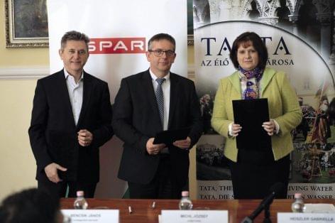 4,2 milliárd forintból épül meg Tatán a legújabb INTERSPAR