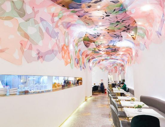 Breathetaking restaurant-design under a fake sea – Picture of the day