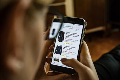 1,2 milliárd euró felett a hazai online kiskereskedelem
