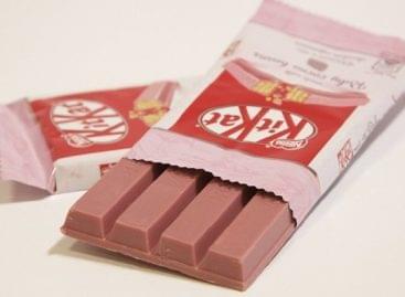 Megérkezett Magyarországra a rózsaszín csokoládé