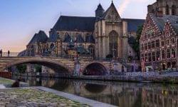 (HU) Belgiumban hétfőtől újra kinyithatnak a kereskedelmi egységek