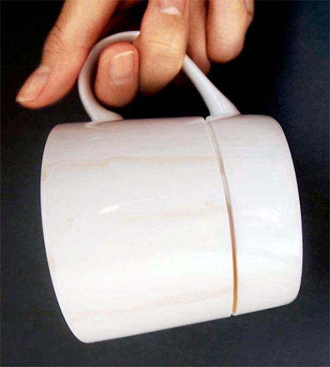 Egy egyszerűségétől zseniális kávésbögre-innováció – A nap képe