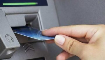 MNB: indokolatlanul drágán válthatnak valutát a pénzkiadó gépek külföldön