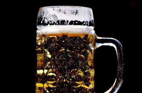 Tíz éve először csökkent a belga sörexport