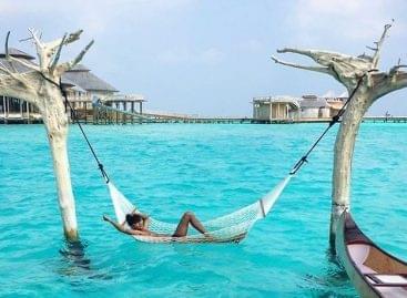 Komoly bizonyítékok arra, hogy a Maldív-szigeteken nyaralni nem közhelyes – A nap képe