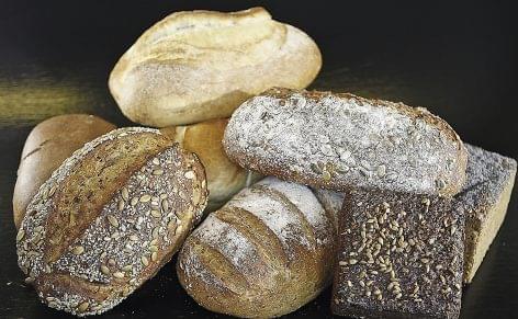Hivatalosan is áron alul értékesíti a sütőipar a legfontosabb pékárukat