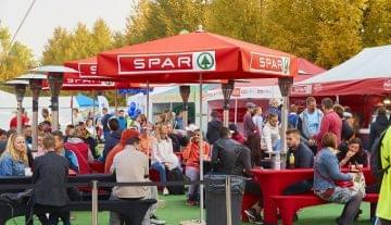 SPAR: több mint ötszáz mesekönyv gyűlt össze a futófesztiválon