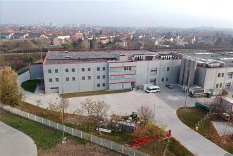 Bővítette termelő kapacitását a Nolato Magyarország Kft.