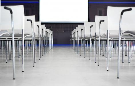 Júniusban jön a Hungarian Ecommerce Summit 2019