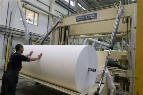 Száztíz új munkahelyet teremt a Drenik Hungary Kft. beruházása Szolnokon
