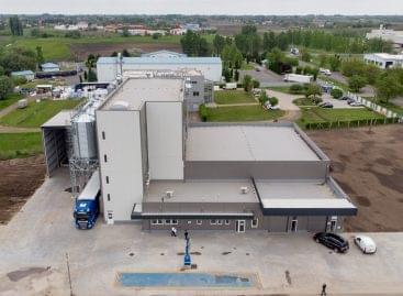 Gluténmentes sütőipari alapkeverékeket előállító üzemet adtak át Nyíregyházán