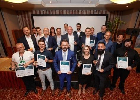 A Decathlon és a Lumenet az Év Internetes Kereskedői 2019-ben