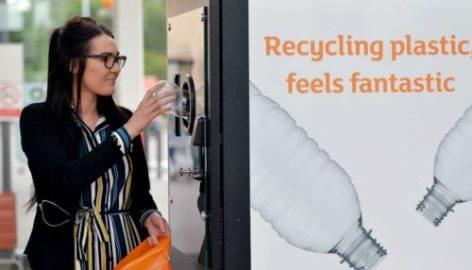 Visszaváltó-automatát tesztel a Sainsbury's