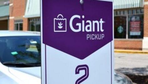 Pick-up pontokon vehetik át a zöldségeket a Giant Food vásárlói