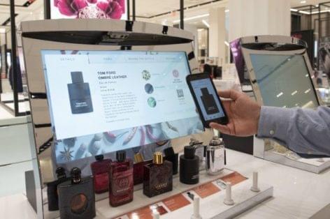 Digitális parfümtesztelő a Macy's-től