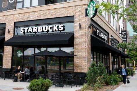 Starbucks: kávé csak elvitelre