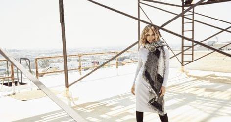 Halle Berry ruhakollekció az ALDI-ban